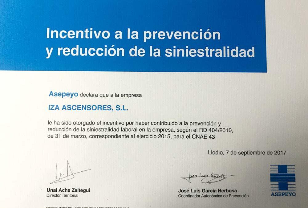 Iza ascensores certificado a la prevención y reducción de la siniestralidad